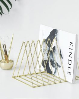Range Livre fer triangle design homedecor homedesign artdeco hightech art decoration musthave best tendance 2018 pharaonink